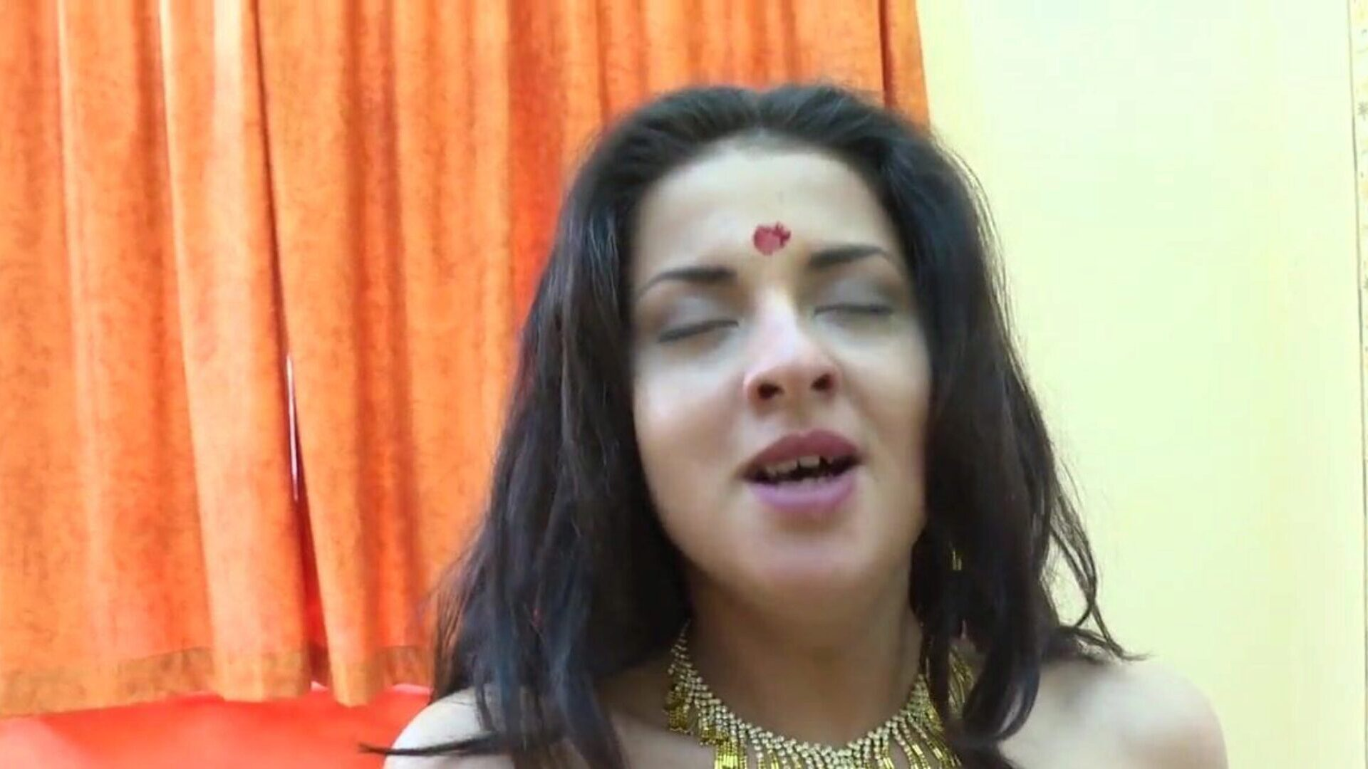 Indian wife banged in Ashram by faux gurus and swallows jizm Erotic reality of Indian Ashram where chicks go to adore their Gurus but the gurus idiot them into having intercourse and make them gulp jizm They turn those babes into real bitches !!