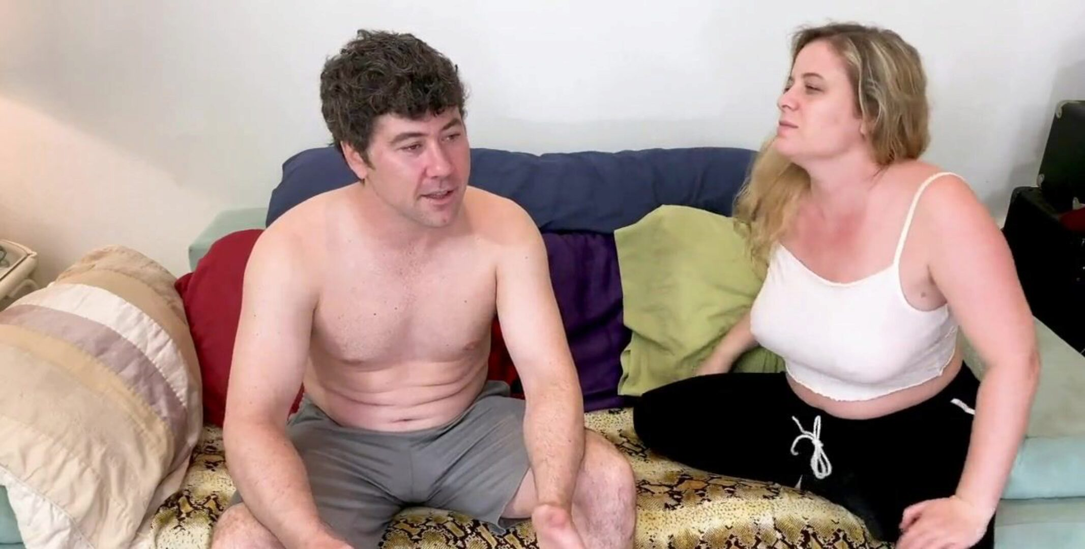 Stepsister trains brother-in-law how to acquire to home base Stepsister lets stepbrother use her bod to learn about fuck-a-thon