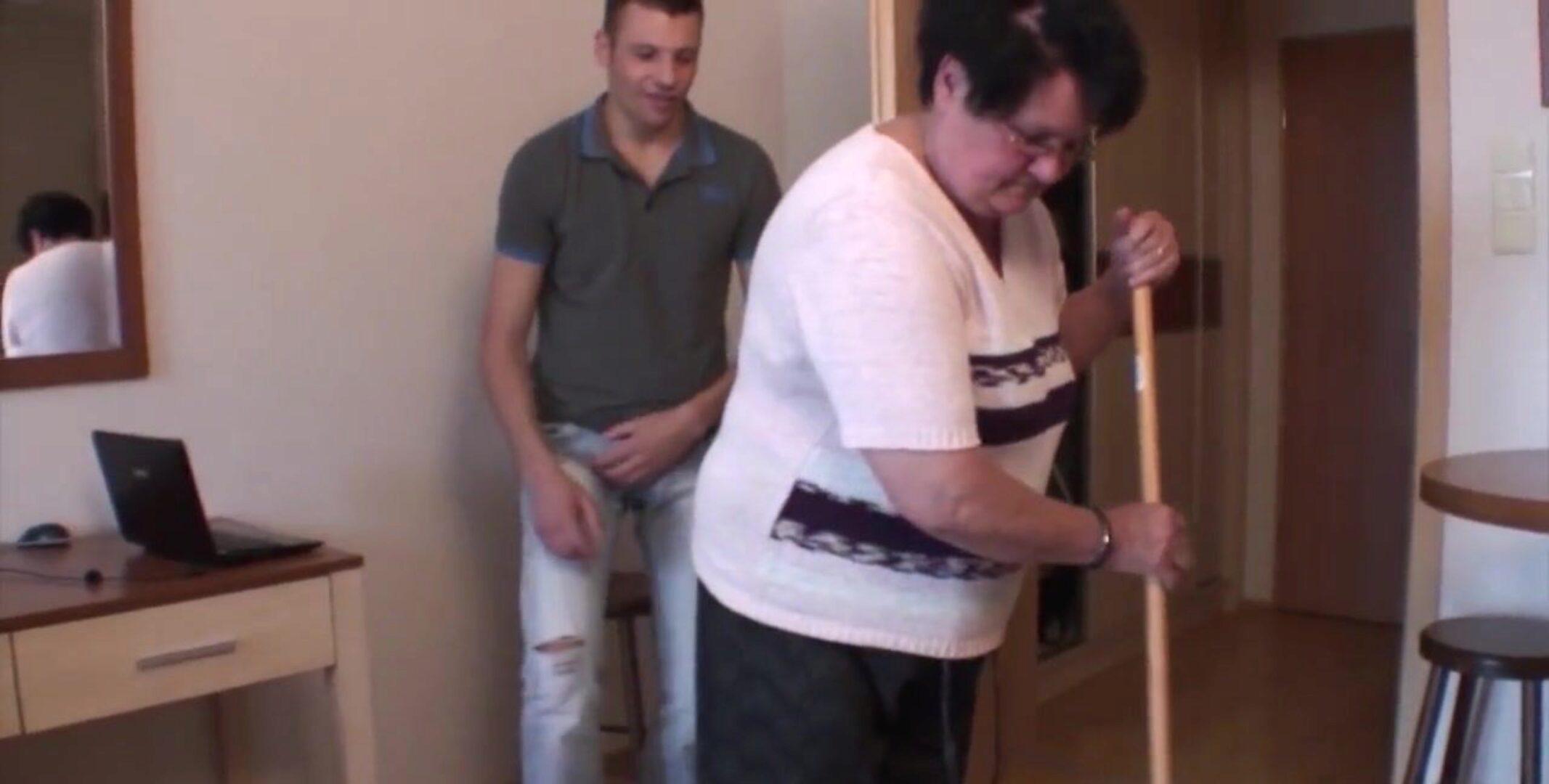 Oma porno enkel Enkel Oma