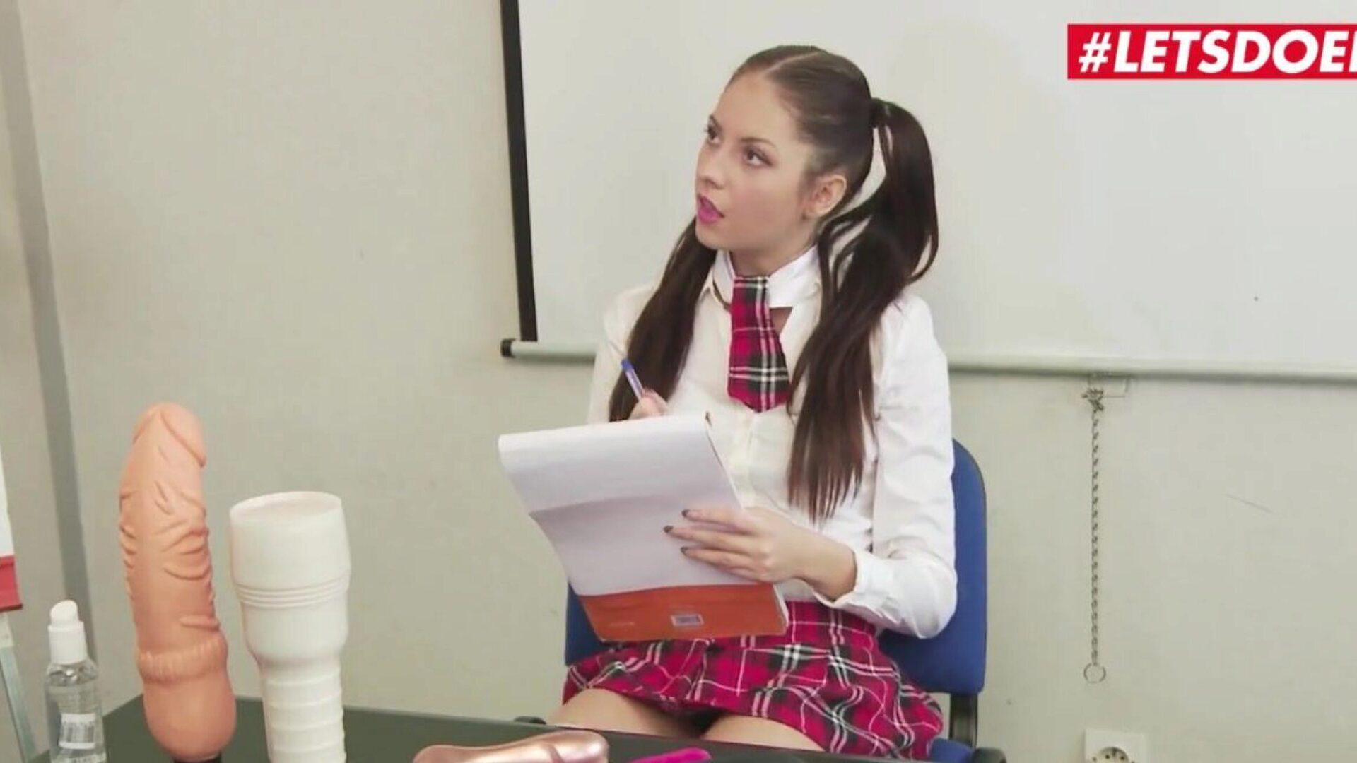 Teacher And Student - XXX BULE