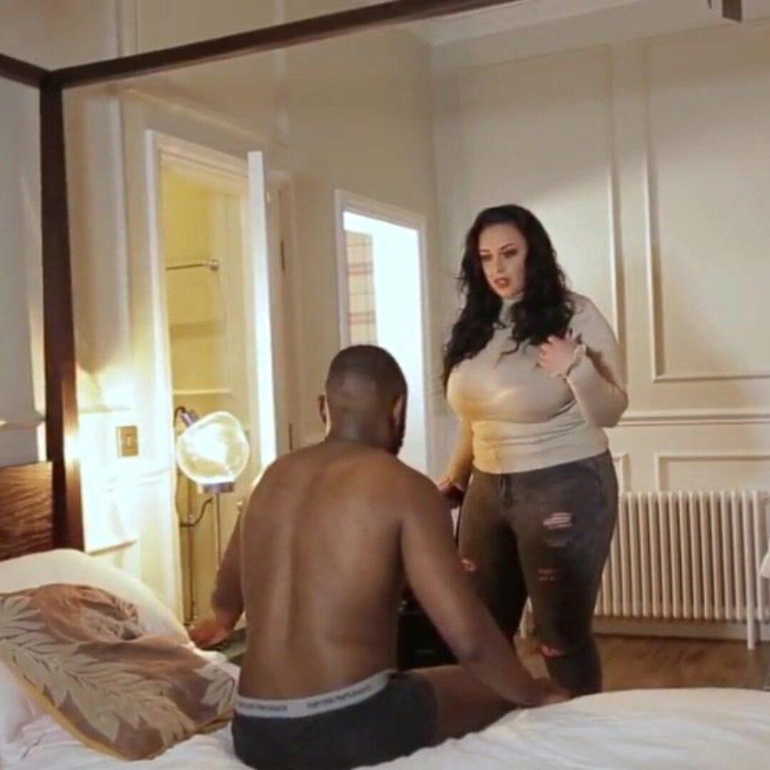 Порно brazzers